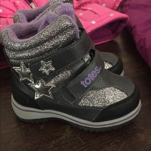 Totes winter boots! Toddler Sz 7